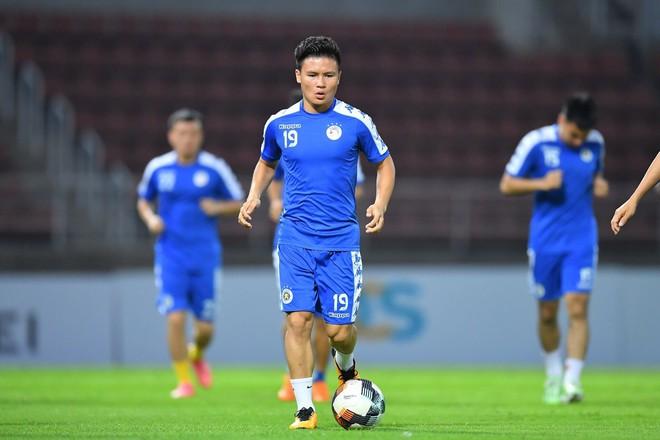 CLB Hà Nội diện áo mới, hứng khởi tập luyện trên đất Thái Lan - ảnh 6