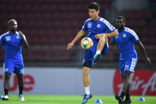 CLB Hà Nội diện áo mới, hứng khởi tập luyện trên đất Thái Lan - ảnh 5