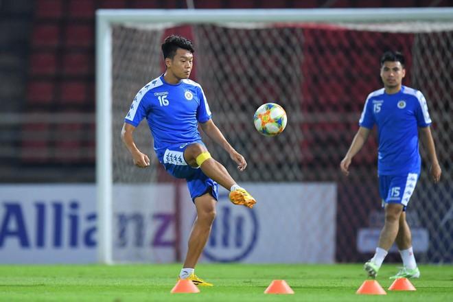 CLB Hà Nội diện áo mới, hứng khởi tập luyện trên đất Thái Lan - ảnh 7