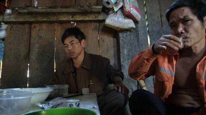 Kỳ lạ bản nát - nơi đàn ông uống rượu thay cơm, say sưa tối ngày - ảnh 22