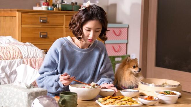 Valentine lẻ bóng không đáng sợ, hãy cùng mợ chảnh Chun Song Yi và hội F.A phim Hàn vượt qua sự ế thật ngầu! - Ảnh 11.