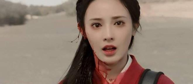 Fan Đông Cung tranh cãi vì cặp mắt to như... con ốc của nữ chính Bành Tiểu Nhiễm - Ảnh 5.