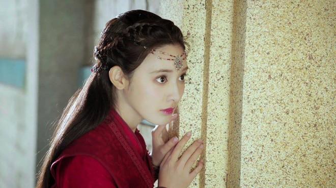Fan Đông Cung tranh cãi vì cặp mắt to như... con ốc của nữ chính Bành Tiểu Nhiễm - Ảnh 7.