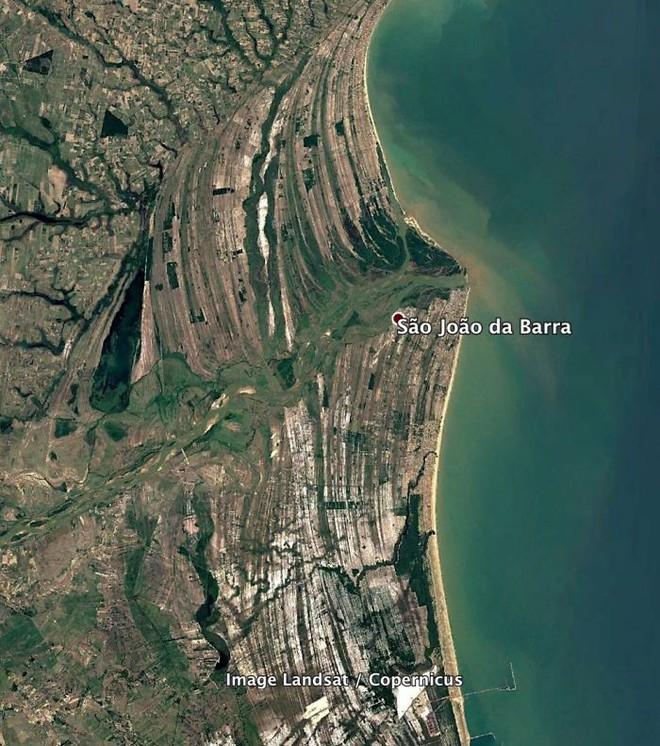 Không cần đi du lịch, Google Earth sẽ giúp bạn khám phá vẻ đẹp muôn màu của trái đất nhìn từ vệ tinh - Ảnh 11.