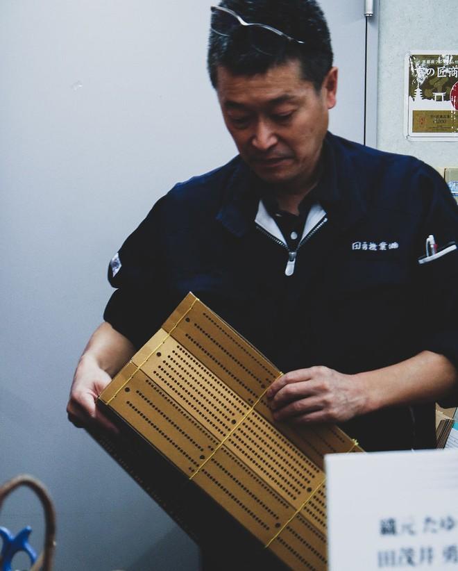 Một ngày tại làng nghề truyền thống Kyoto, nơi các nghệ nhân làm giấy, dệt lụa theo phương pháp thủ công qua hàng thế kỷ - Ảnh 8.