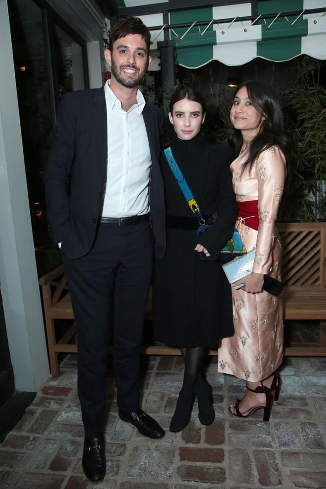 Tiền tiệc Oscar: Miley Cyrus tình tứ bên Kristen Stewart dù đến với chồng, Katy Perry khoe nhẫn khủng bên dàn siêu sao - ảnh 17