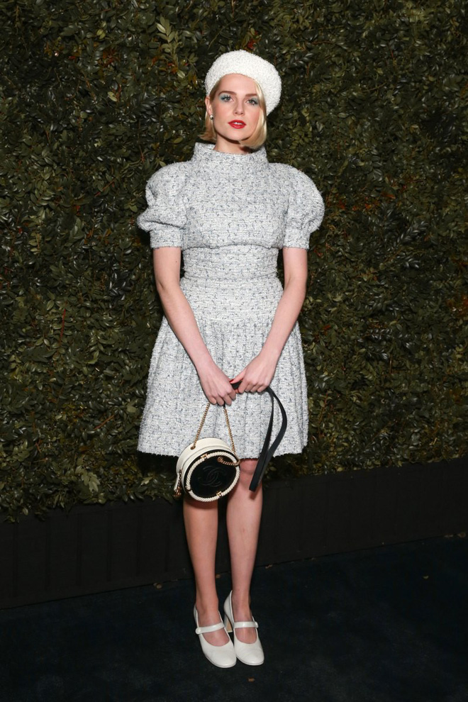 Tiền tiệc Oscar: Miley Cyrus tình tứ bên Kristen Stewart dù đến với chồng, Katy Perry khoe nhẫn khủng bên dàn siêu sao - ảnh 22