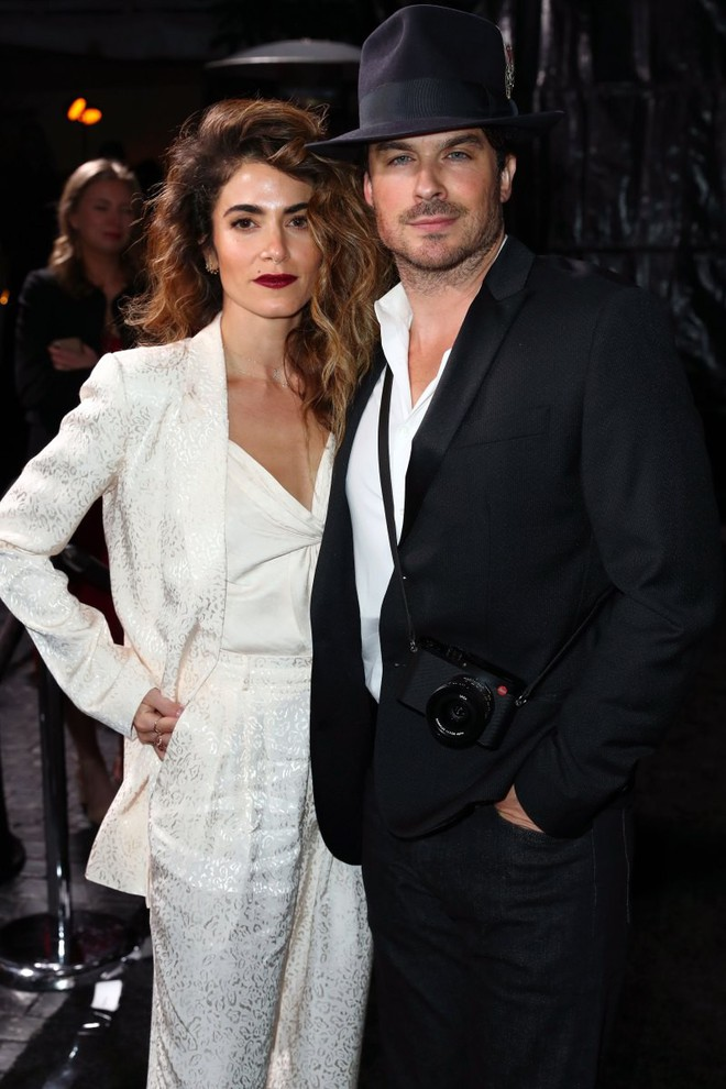 Tiền tiệc Oscar: Miley Cyrus tình tứ bên Kristen Stewart dù đến với chồng, Katy Perry khoe nhẫn khủng bên dàn siêu sao - ảnh 24