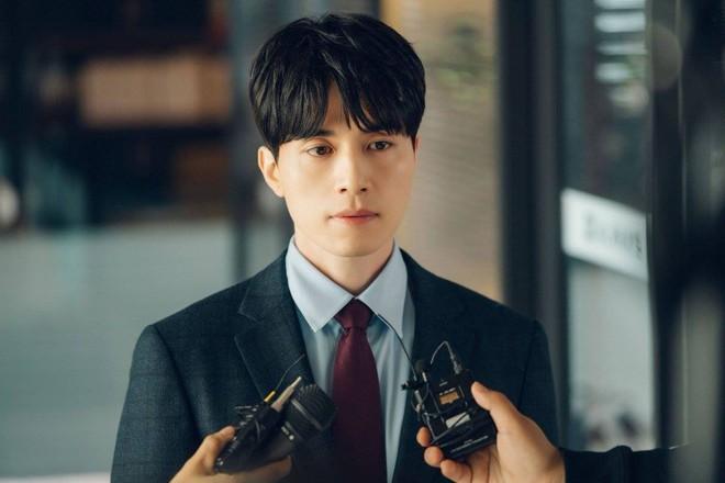 """Yoo In Na cuối cùng cũng """"nếm đủ"""" vị đắng như """"mợ chảnh"""" Chun Song Yi ngày trước - Ảnh 13."""
