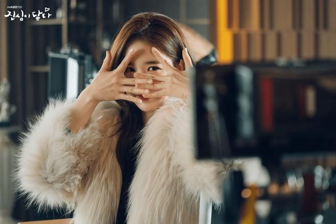 """Yoo In Na cuối cùng cũng """"nếm đủ"""" vị đắng như """"mợ chảnh"""" Chun Song Yi ngày trước - Ảnh 3."""