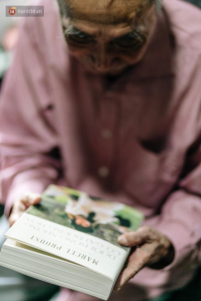 Dịch giả Dương Tường từng gây bão với Lolita: Tôi có những niềm vui nhỏ nhặt khi dịch truyện Kiều sang tiếng Anh - ảnh 7