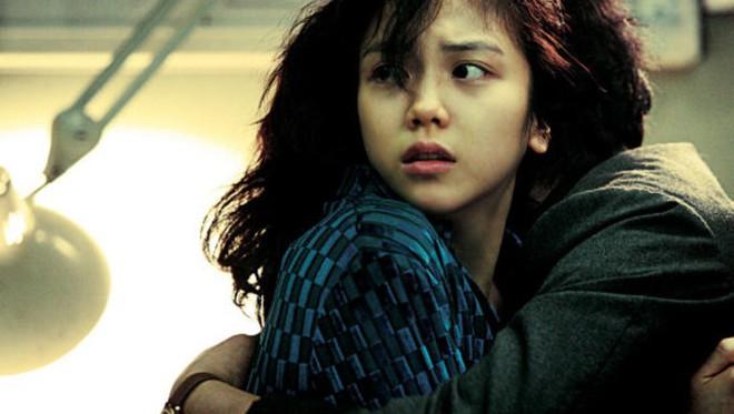 Tiểu tam tin đồn mới trong vụ ồn ào Song Song: Cô dâu Hà Nội từng gây sốc vì cảnh nóng, xuất sắc tiến đến Cannes - ảnh 11