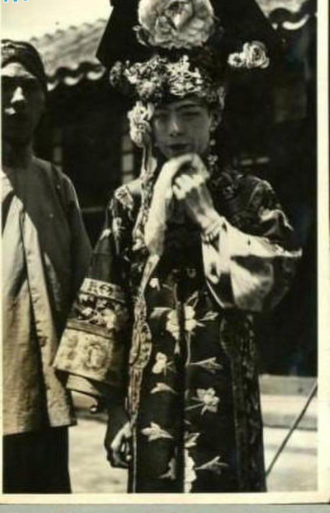 Ảnh hiếm về cách tổ chức hôn lễ của một gia đình quý tộc Trung Quốc thời nhà Thanh xưa kia - ảnh 3