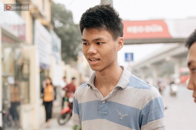 Chuyên gia và người dân nói về thí điểm cấm xe máy trên 2 tuyến đường ở Hà Nội: Ô tô mới là nguyên nhân chính gây tắc đường, ô nhiễm - Ảnh 7.