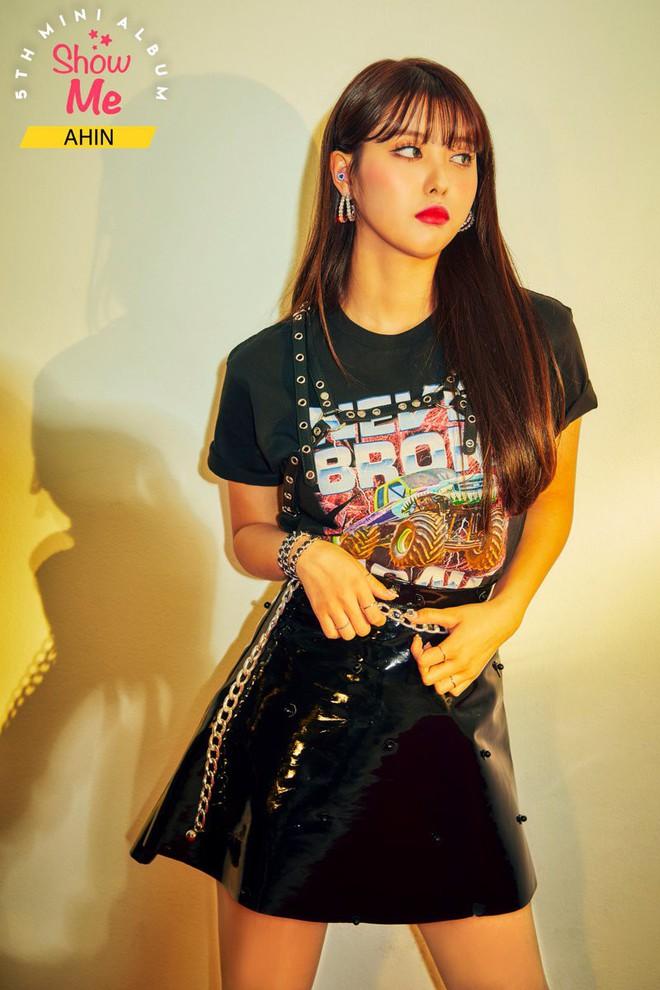 Fan bức xúc khi thiên thần lai Nancy bị bắt mặc đồ hở bạo trong teaser album mới của MOMOLAND - Ảnh 3.