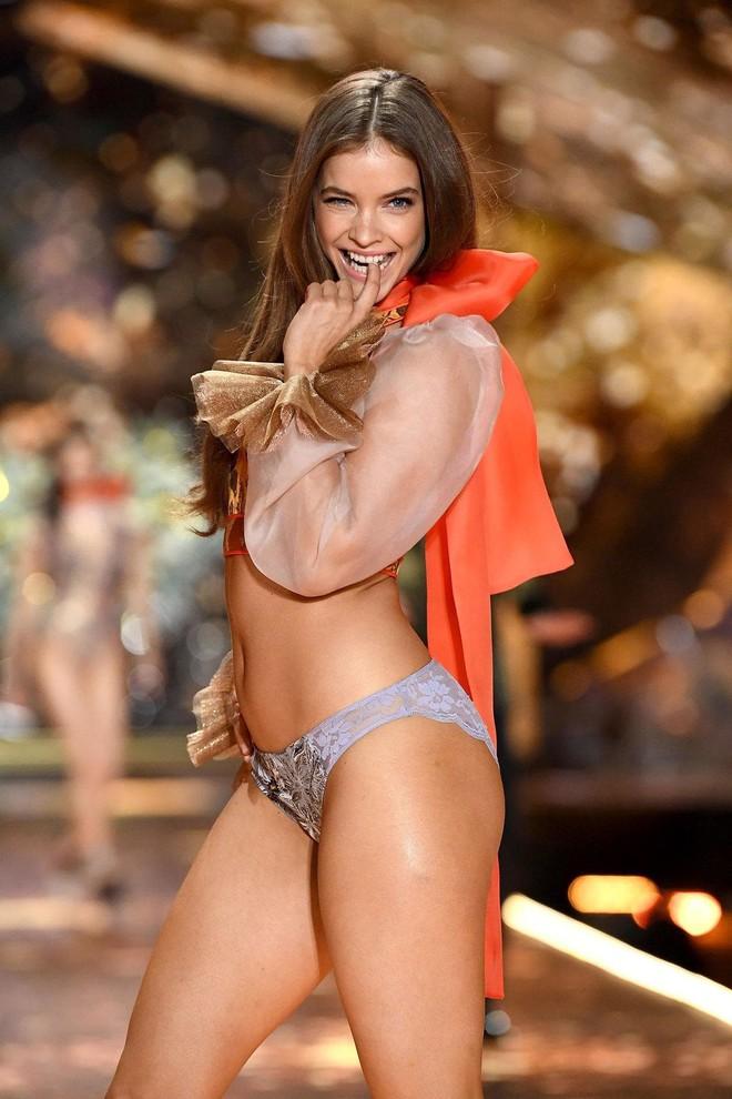 Victoria's Secret vừa kết nạp một thiên thần đùi to khác biệt hẳn với dàn thiên thần gầy nhẳng quen thuộc - ảnh 2