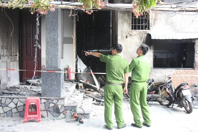 Bà Rịa - Vũng Tàu: Cháy tiệm sửa chữa điện tử, bé 10 tuổi cùng cha mẹ tử vong thương tâm - Ảnh 2.