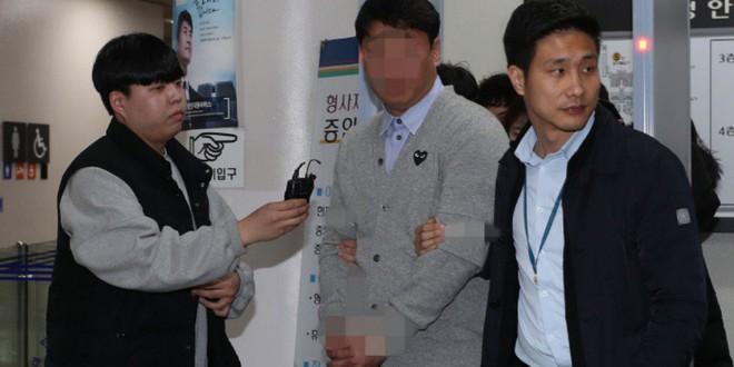 Ăn hối lộ 400 triệu của club Burning Sun do Seungri từng quản lý, cựu cảnh sát đã chính thức bị bắt giữ - ảnh 1