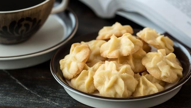 Bánh quy Việt Nam và bánh quy phương Tây: hai món ngoại trừ cái tên thì... chẳng có gì liên quan - Ảnh 1.