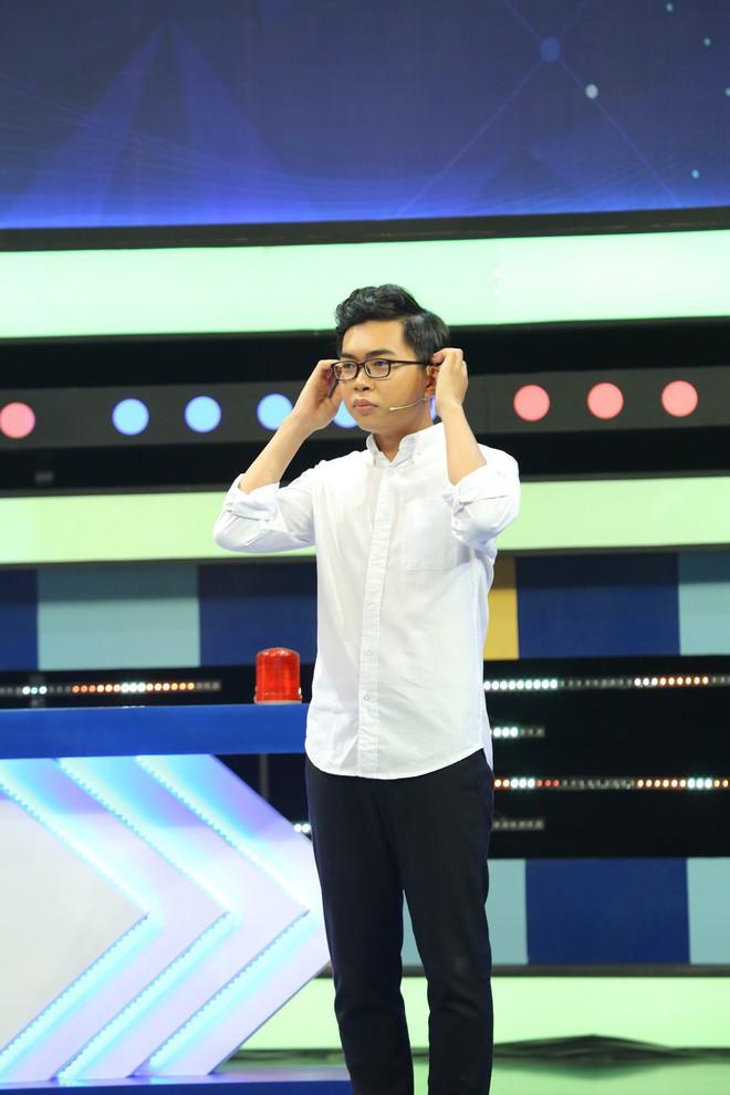 Kim Nhã Next Top dằn vặt Minh Dự vì tội... nhắc bài cho trai - ảnh 3