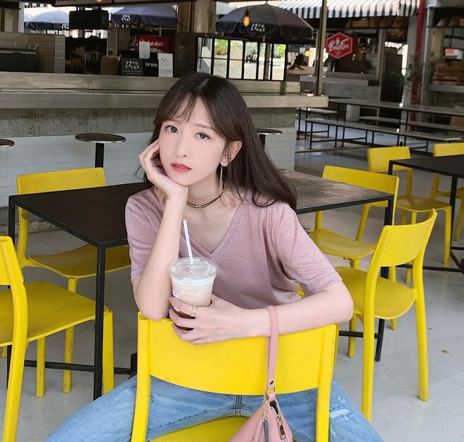 Chăm chỉ uống trà sữa mỗi ngày suốt một học kì, nữ sinh may mắn có được cái kết viên mãn bên crush - ảnh 1
