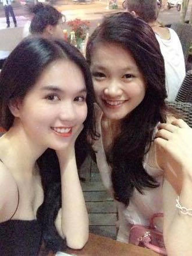 Ngọc Trinh gặp lại Phương Khánh sau 5 năm: Cô em Ngọc My đầy mụn ngày nào nay là Miss Earth, lột xác không nhận ra - ảnh 1