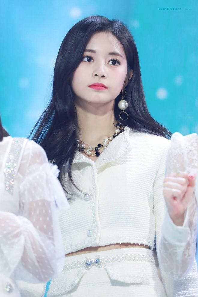 """Hội """"em út"""" quyền lực trong các girlgroup Kpop: Không mang visual đỉnh cao thì khí chất cũng """"át vía"""" các chị trên sân khấu - ảnh 1"""