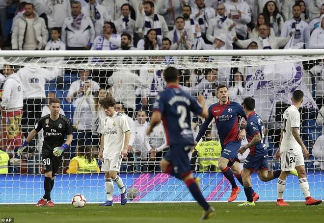 Zidane bất ngờ trọng dụng con trai, Real Madrid thắng toát mồ hôi hột trước đội cuối bảng - ảnh 2