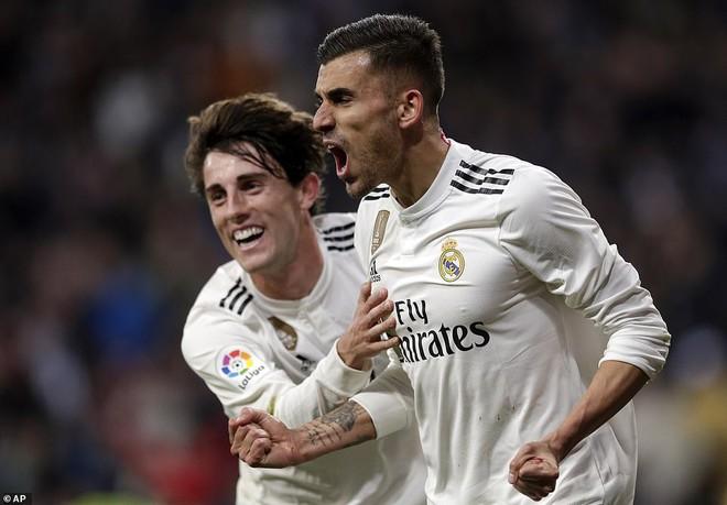 Zidane bất ngờ trọng dụng con trai, Real Madrid thắng toát mồ hôi hột trước đội cuối bảng - ảnh 6