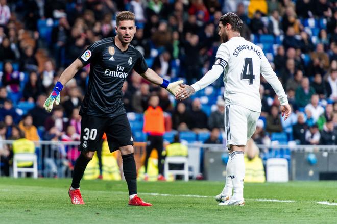 Zidane bất ngờ trọng dụng con trai, Real Madrid thắng toát mồ hôi hột trước đội cuối bảng - ảnh 1