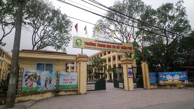 Thầy giáo dạy Toán nghi xâm hại 7 học sinh nam cấp 2 ở Hà Nội - Ảnh 1.