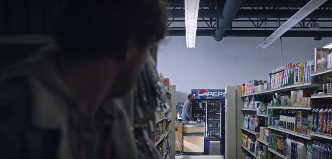 Ra net chơi game bắn zombie cũng không đáng sợ bằng ở nhà xem Black Summer trên Netflix! - ảnh 4
