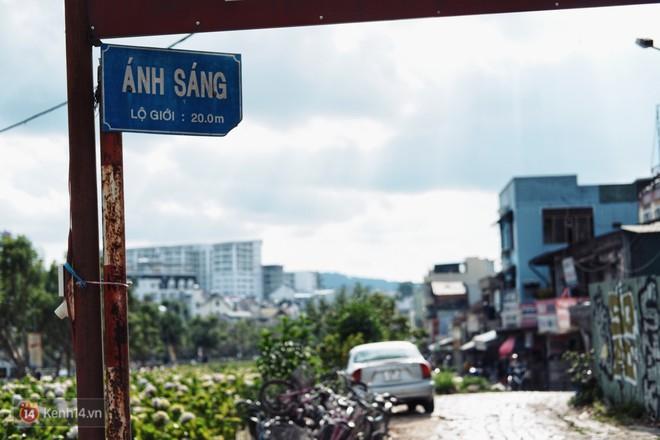 Đà Lạt: Dự án xây trung tâm thương mại bị treo 17 năm, cuộc sống người dân Ấp Ánh Sáng gặp nhiều phiền toái - ảnh 4