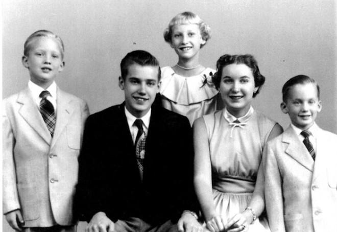 Hé lộ về 4 anh chị em của Tổng thống Trump: Đều có sự nghiệp lẫy lừng, riêng một người chết vì nghiện rượu - ảnh 1
