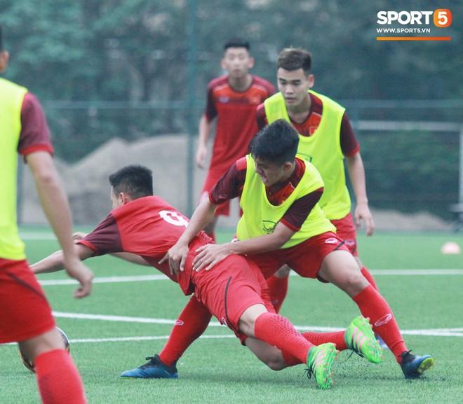HLV Hoàng Anh Tuấn: U18 Việt Nam cần có cả chuyên môn và đạo đức để thành công - Ảnh 3.