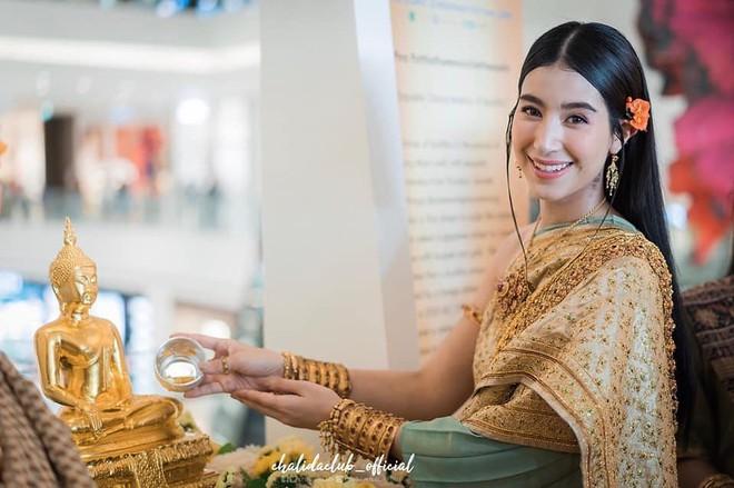 Dàn mỹ nhân đẹp nhất Tbiz hóa nữ thần tại Songkran 2019: Nữ chính Friend zone đỉnh cao nhưng có bằng 5 sao nữ này? - Ảnh 22.