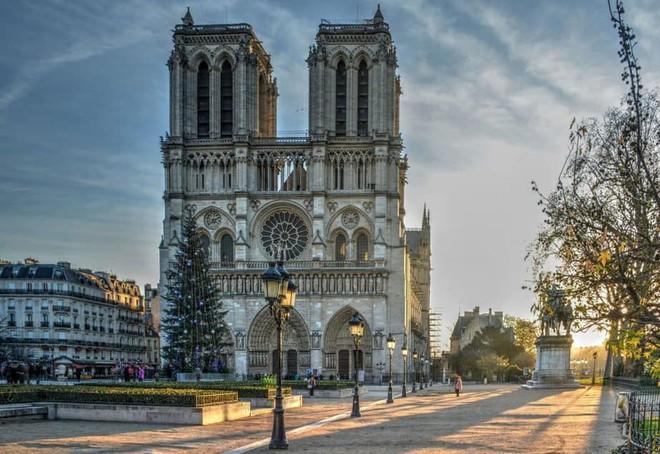 Cháy Nhà thờ Đức Bà Paris gây thiệt hại khổng lồ tới mức nào? - ảnh 6