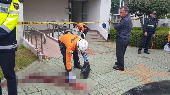 Bị chậm lương, người đàn ông điên cuồng phóng hoả, giết 5 người trong khu chung cư - ảnh 1