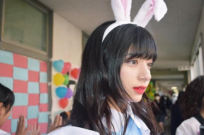 Gái đẹp Nhật Bản khiến fan BLACKPINK đứng hình mất 5s vì nhận nhầm là Lisa - ảnh 9