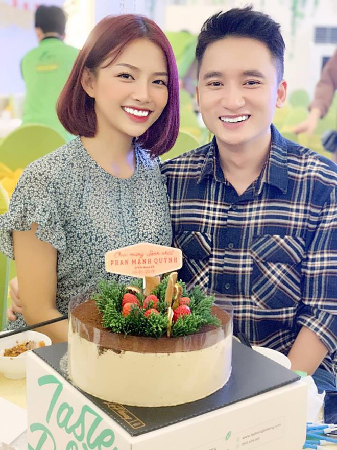 Phan Mạnh Quỳnh chọn cột mốc 4 năm yêu tổ chức đám cưới với bạn gái hot girl - ảnh 1