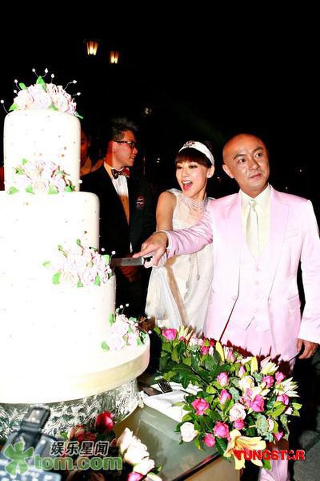 Chuyện bây giờ mới kể: Trương Vệ Kiện lần đầu nói về 3 đám cưới tổ chức cùng bà xã Trương Tây ít ai biết - ảnh 5
