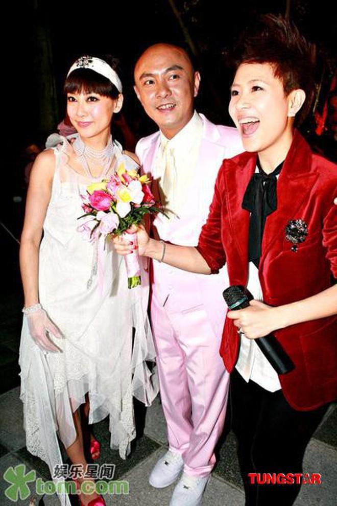Chuyện bây giờ mới kể: Trương Vệ Kiện lần đầu nói về 3 đám cưới tổ chức cùng bà xã Trương Tây ít ai biết - ảnh 4