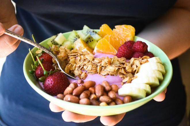 Đừng ăn kiêng kham khổ nữa, có đầy cách giảm cân mà vẫn được ăn uống thoải mái - ảnh 4