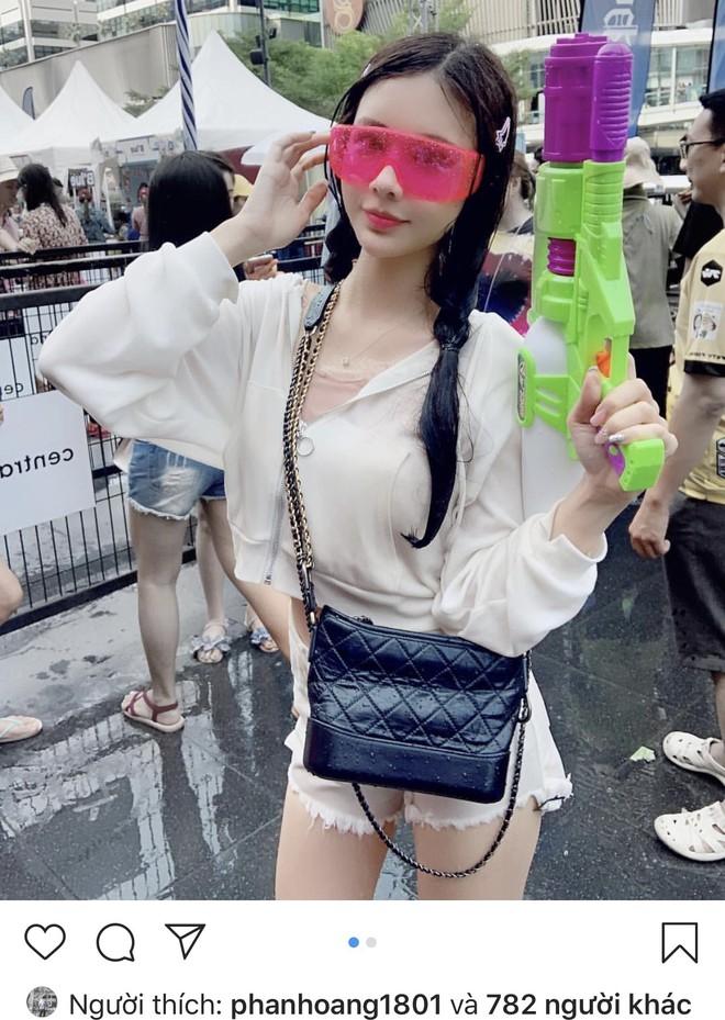 Rộ tin thiếu gia Phan Hoàng Có tình mới sau 20 ngày chia tay, thả tim ảnh người đẹp đều như vắt chanh - ảnh 9