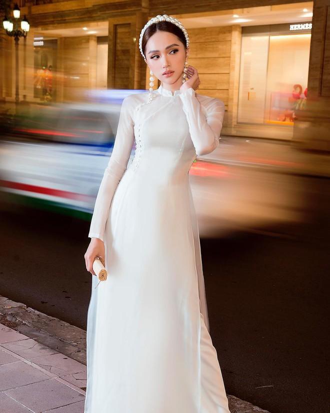 Đôi lần Hương Giang diện áo dài trắng hay còn gọi là những khoảnh khắc nàng hậu khiến vạn người ngẩn ngơ - ảnh 5