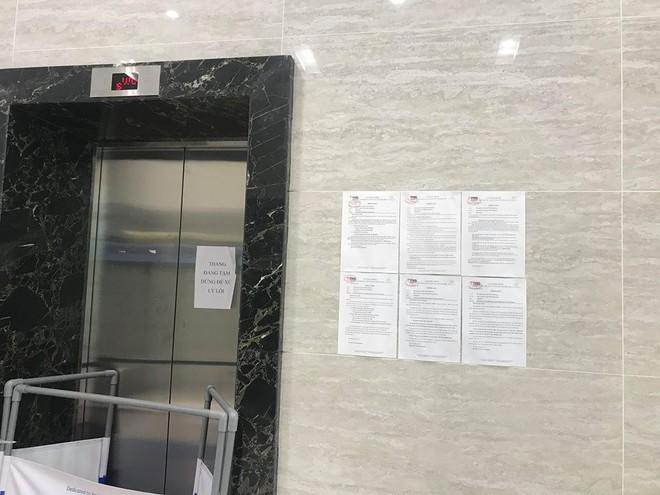 Người đàn ông sàm sỡ cô gái trong thang máy xuất hiện, cư dân một khu chung cư ở Hà Nội họp khẩn - ảnh 3