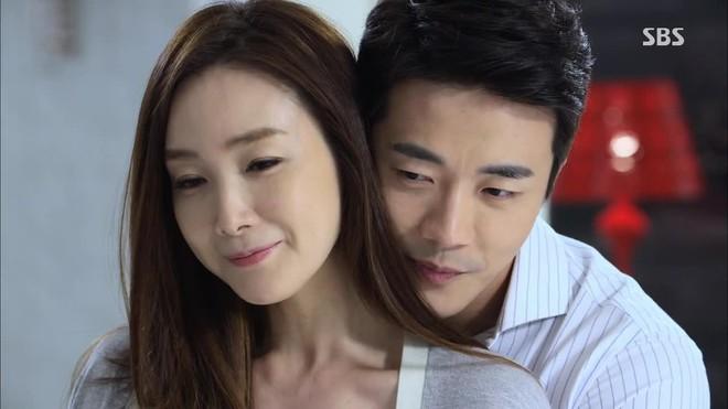 """9 phi vụ ngoại tình và """"bắt cá nhiều tay"""" chấn động màn ảnh Hàn, xem vào là choáng - Ảnh 13."""