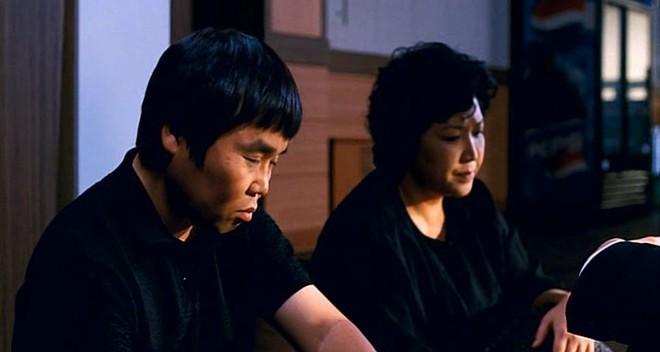 Hôm nay là ngày Tử thần đối với Kbiz: Nhóm tân binh gặp tai nạn làm 1 người chết, bạn diễn Song Joong Ki bỗng qua đời - ảnh 5