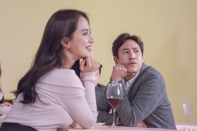 """9 phi vụ ngoại tình và """"bắt cá nhiều tay"""" chấn động màn ảnh Hàn, xem vào là choáng - Ảnh 11."""