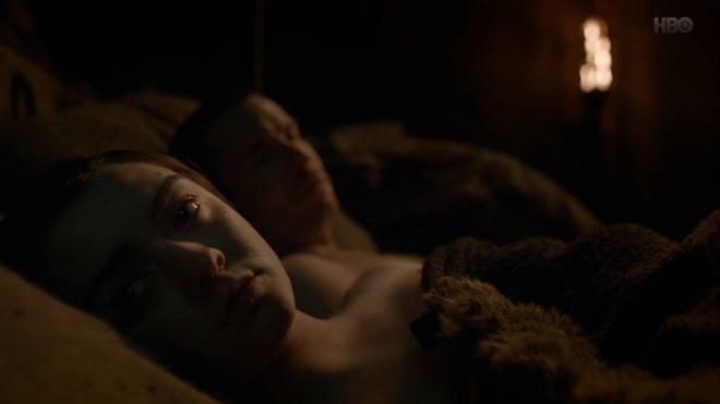 Khán giả xem Game of Thrones chỉ quan tâm màn mây mưa của Arya, bất chấp cuộc chiến kinh điển sắp tới - ảnh 2